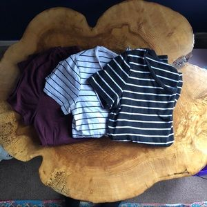 {H&M} Bundle of 3 fitted basic Crewneck Tees